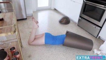 Обворожительные девушки потерлись кисками